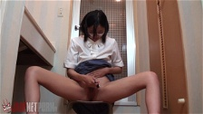 Cuties Shave And Piss